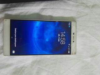 Movíl Huawei P8 en blanco