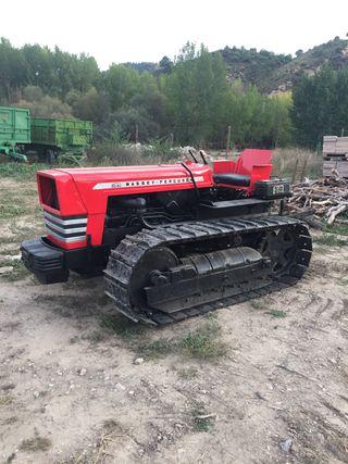 Tractor Massey Ferguson 164C de cadenas