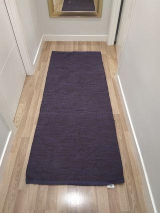 alfombra pasillo morada