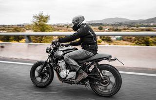 Honda CB500 Café Racer para alquilar