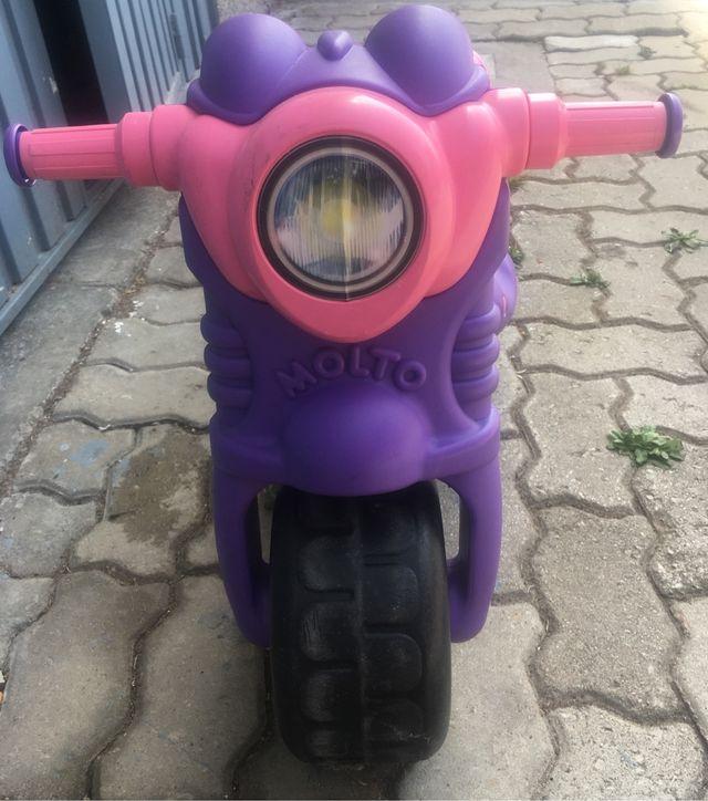 Moto juguete niña