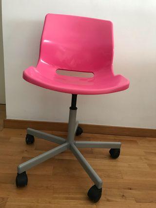 Silla escritorio con ruedas
