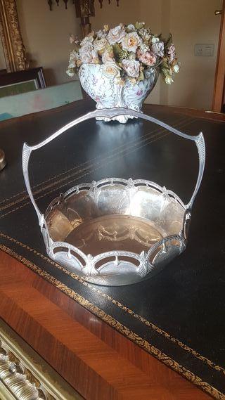 fuente, centro, bandeja plata/plateada modernista