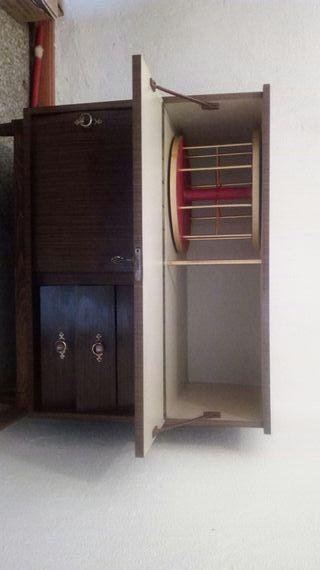 mueble minibar en perfecto estado,zona santa justa