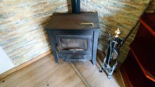 chimenea hierro fundido con horno.