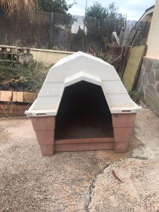 caseta de perro tamaño mediano