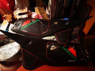 Tapa lateral rieju RV Supermarathon 50 negra