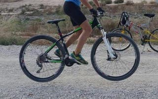 Bicicleta de montaña muy poco uso