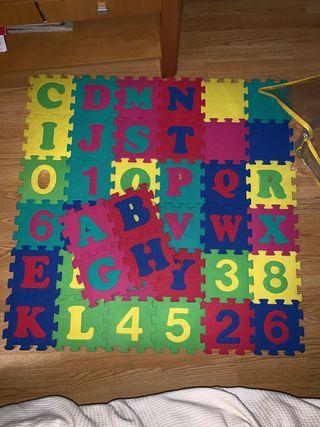 Alfombra-puzzle de gomaespuma