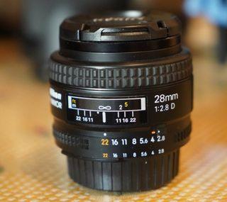 Vendo objetivo Nikon 28mm f2.8D como nuevo