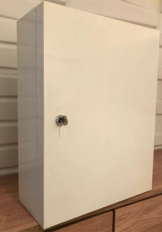 Armario pared metálico IKEA