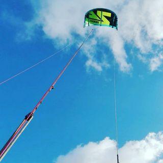 Equipo de kitesurf.