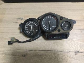 Marcador cuenta kilometros Yamaha Genesis FZR600