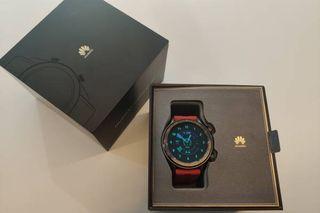 Cambio Huawei Watch gt plateado con correa marrón