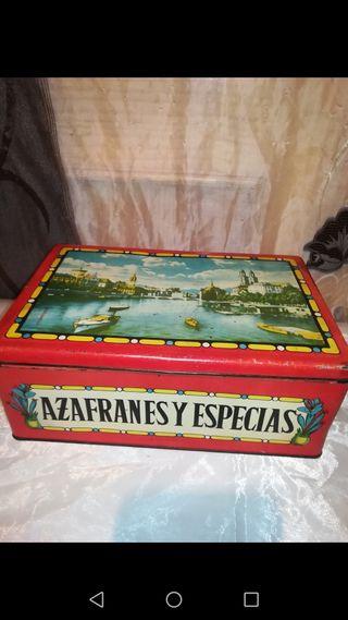 Antigua caja de metal Azafránes y Especias