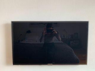 """Smart tv Samsung Full HD 30-32"""""""