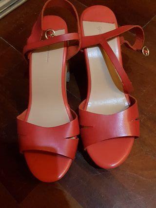 Sandalias rojas T39