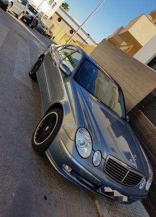Mercedes-Benz Classe E (211) 2004