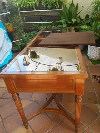 mesa vitrina expositora