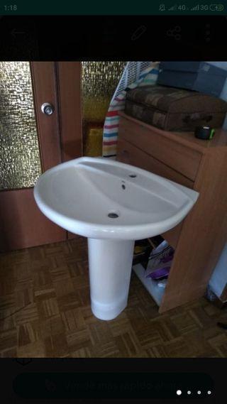 lavabo pie Roca