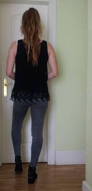 blusa encaje negra Uterque