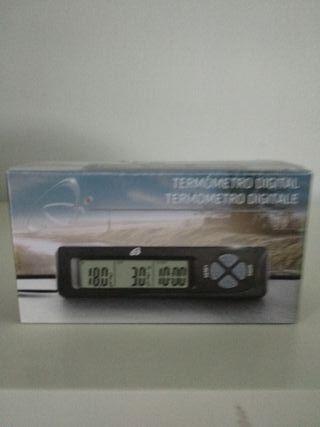 Termómetro digital con sensor y reloj