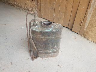 Antiguo sulfatador cobre