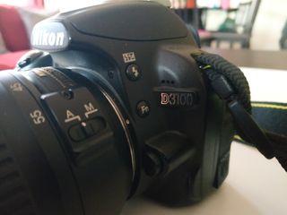 Nikon D3100 y objetivo 18-55mm