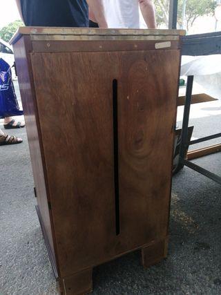 Mueble de gramola, madera