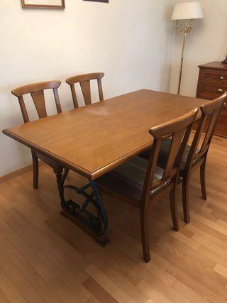 Mesa y 4 silla cerezo macizo