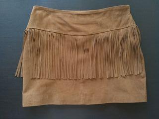 Falda de piel ante marrón con flecos