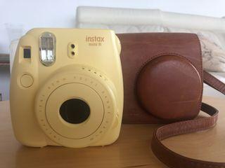 Cámara instantánea mini Fujifilm + funda