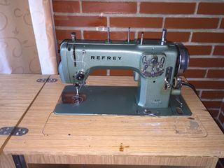 Vendo máquina de coser Refrey modelo 427