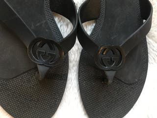 Chanclas Gucci negras t.38
