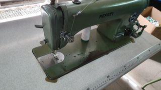 Máquina de coser recta Refrey