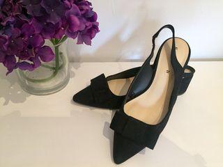 Zapato con lazo ante Zara nuevos