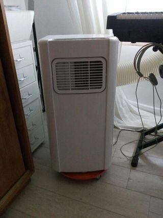 pingüino refrigerador aire acondicionado