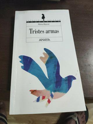 libro tristes armas