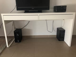 Mesa ordenador Mikke de Ikea