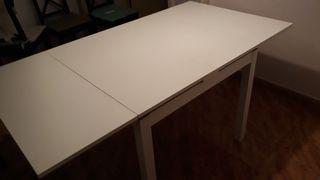 Mesa Ikea blanca