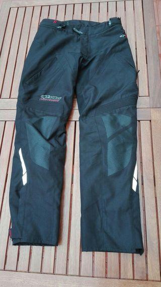 Pantalón Apinestars (impermeable y transpirable)