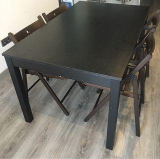 Mesa y 4 sillas ikea