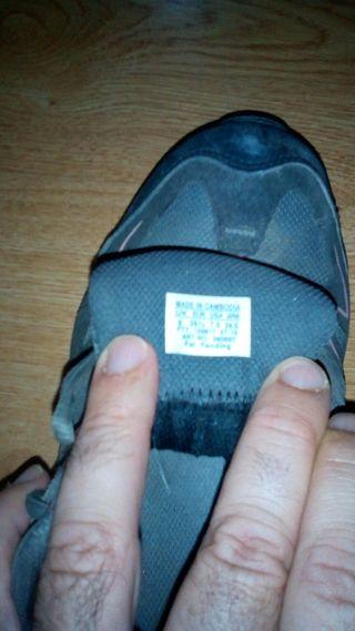 Zapatillas treking marca Salomón