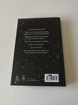 Libro de poesía: Toda la felicidad del universo