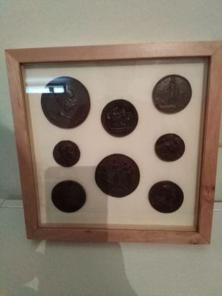 Cuadro monedas imitación antiguas.