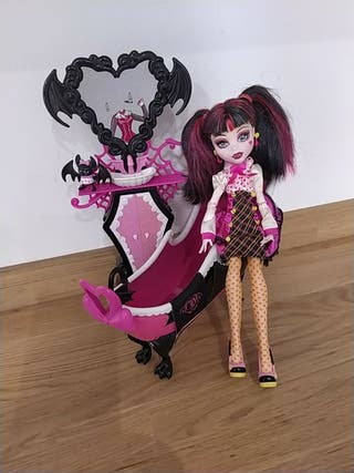 Monster High Baño Draculaura