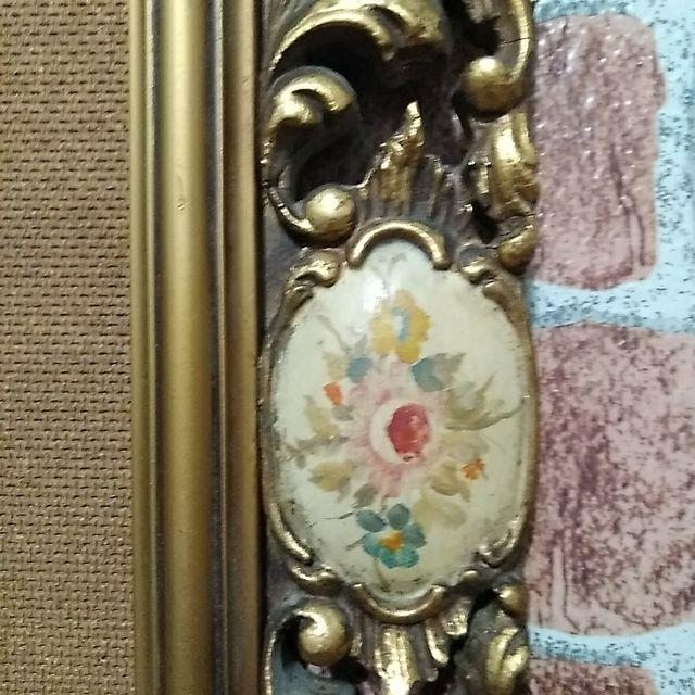 Cuadro antiguo vintage de cerámica pintada a mano.