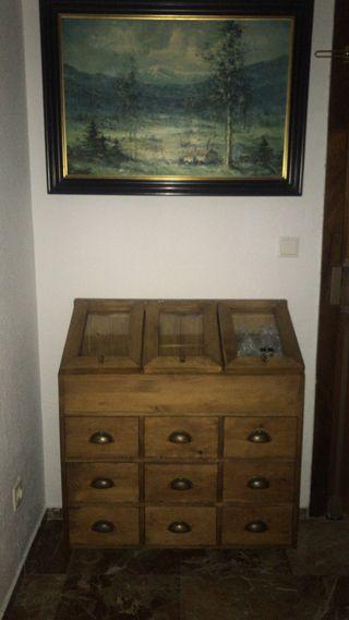 Se venden muebles antiguos restaurados