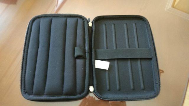 Funda CASE LOGIC para tablet