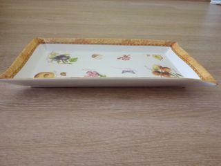 Bonita bandeja de cerámica